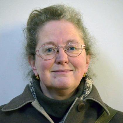 Nicola Mills